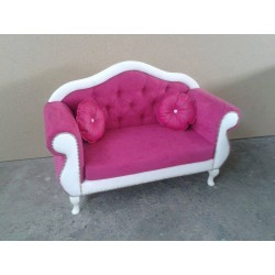 SOFA LOVELY